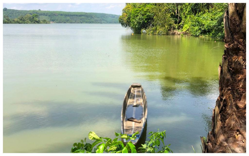 Pirogue Lagune Bini Abidjan