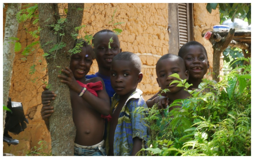 Abidjan Bini Lagune enfants